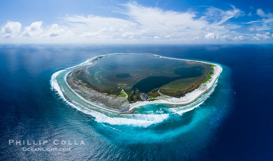 Photographs of Clipperton Island, Ile de Passion