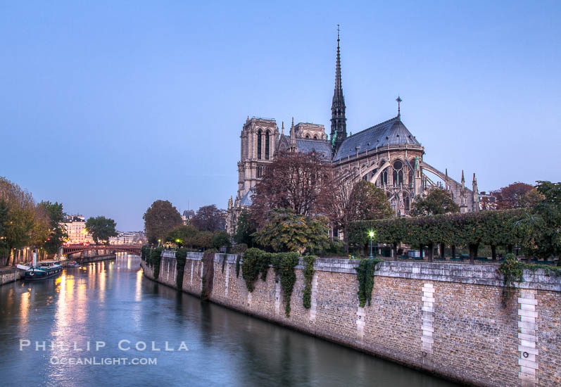 River Seine and Notre Dame Cathedral at Dawn, Paris, France