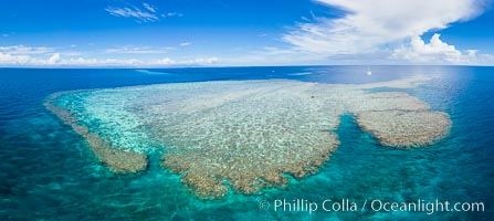 Aerial View of Vatu-i-Ra Coral Seascape, Fiji. Vatu I Ra Passage, Bligh Waters, Viti Levu Island, natural history stock photograph, photo id 34681