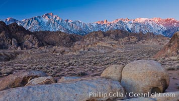 Alabama Hills and Sierra Nevada, sunrise. Alabama Hills Recreational Area, California, USA, natural history stock photograph, photo id 27625
