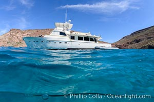 Ambar III anchored in El Embudo, Isla Partida, Sea of Cortez. Baja California, Mexico, natural history stock photograph, photo id 32607