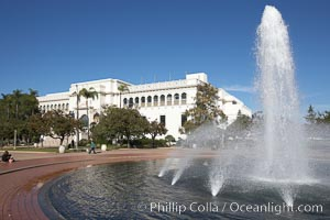 The Bea Evenson Fountain is the centerpiece of the Plaza de Balboa in Balboa Park, San Diego.  The San Diego Natural History Museum is seen in the background. Balboa Park, San Diego, California, USA, natural history stock photograph, photo id 22176