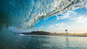 Breaking wave, Moonlight Beach, Encinitas, morning, barrel shaped surf, California. USA, natural history stock photograph, photo id 27975
