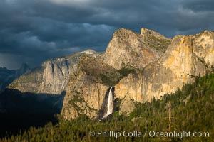 Bridalveil Falls and Cathedral Rocks, Sunset, Yosemite National Park