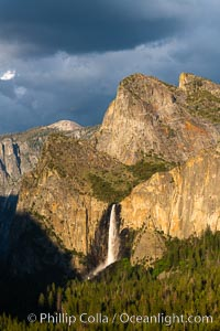 Bridalveil Falls and Cathedral Rocks, Sunset, Yosemite National Park. California, USA, natural history stock photograph, photo id 34544