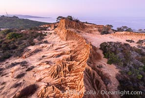 Sunrise over Broken Hill, overlooking La Jolla and the Pacific Ocean, Torrey Pines State Reserve, San Diego, California
