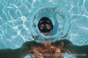Bubble ring., natural history stock photograph, photo id 06998
