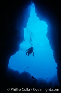 El Secreto del Vicki cavern, Guadalupe Island (Isla Guadalupe)