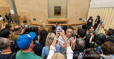 Chaos at the Mona Lisa, Mus�e du Louvre. Musee du Louvre, Paris, France, natural history stock photograph, photo id 35640