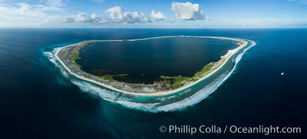 Aerial panorama of Clipperton Island, showing the entire atoll.  Clipperton Island, a minor territory of France also known as Ile de la Passion, is a small (2.3 sq mi) but  spectacular coral atoll in the eastern Pacific. By permit HC / 1485 / CAB (France). Clipperton Island, France, natural history stock photograph, photo id 32843
