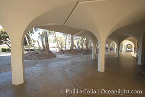 Columns, York Hall, Revelle College, University of California San Diego, UCSD
