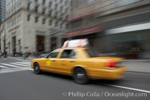 Crazy taxi ride through the streets of New York City, Manhattan
