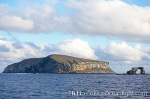 Darwin Island, with the Arch on the right.  Darwin Island is the northernmost of the Galapagos Islands and is home to enormous numbers of seabirds. Ecuador, natural history stock photograph, photo id 16622