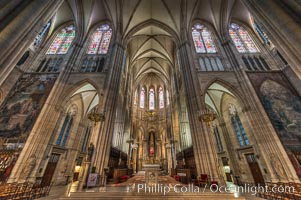 Eglise, interior, Paris, France