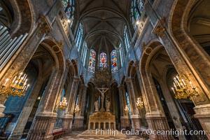 Eglise Saint-Merri. The Church of Saint-Merri is a small church in Paris, located on the busy street Rue Saint Martin, on the Right Bank. Eglise Saint-Merri, Paris, France, natural history stock photograph, photo id 28141