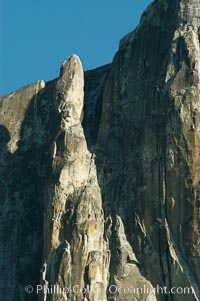 The Finger, a dramatic spire alongside Yosemite Falls that is a popular destination for advanced climbers, Yosemite Valley. Yosemite National Park, California, USA, natural history stock photograph, photo id 06985