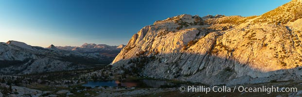 Fletcher Peak (11410') at sunset, viewed from the approach to Vogelsang Peak, panoramic view, Yosemite National Park, California