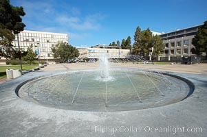 Fountain in Revelle Plaza, Revelle College, University of California San Diego, UCSD