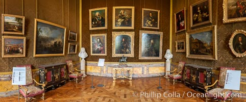 Gallery in the Chateau de Versailles, Paris