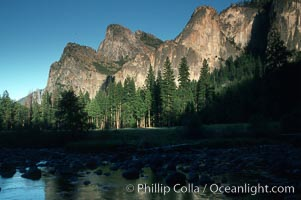 Gates of the Valley, Merced River, Yosemite National Park, California