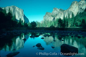 Gates of the Valley and Merced River, Yosemite National Park, California