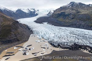 Glacier, Skaftafell / Vatnajokull National Park, Southern Iceland