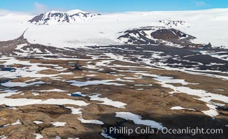 Glaciers, Snow and Highland Terrain, Southern Iceland, Vatnajokull National Park
