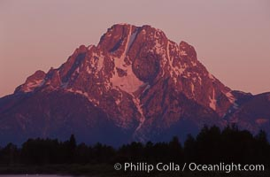 Mount Moran in the Teton Range at sunrise, Grand Teton National Park, Wyoming