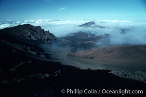Haleakala volcano crater. Maui, Hawaii, USA, natural history stock photograph, photo id 05599