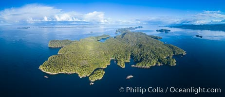 Hurst Island and Gods Pocket Provincial Park, aerial photo. Gods Pocket Provincial Park, Vancouver Island, British Columbia, Canada, natural history stock photograph, photo id 34481