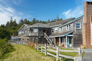 Kalaloch Lodge sits atop bluffs overlooking the Kalaloch River and Pacific Ocean. Kalaloch, Olympic National Park, Washington, USA, natural history stock photograph, photo id 13780