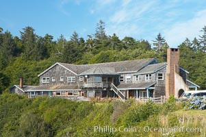 Kalaloch Lodge sits atop bluffs overlooking the Kalaloch River and Pacific Ocean, Olympic National Park, Washington