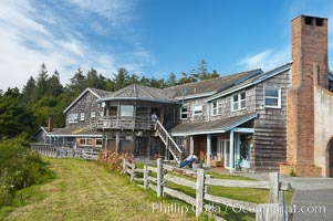 Kalaloch Lodge sits atop bluffs overlooking the Kalaloch River and Pacific Ocean. Kalaloch, Olympic National Park, Washington, USA, natural history stock photograph, photo id 13783