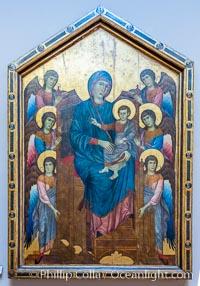 La Vierge et l'Enfant en majest� entour�s de six anges (Maest�), Vers 1280, Cenni di Pepe, dit CIMABUE (Connu � Rome, Pise, Assise et Florence de 1272 � 1302), Mus�e du Louvre, Paris, Musee du Louvre