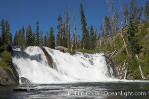 Lewis Falls drops 30 feet on the Lewis River, near the south entrance to Yellowstone National Park. Wyoming, USA, natural history stock photograph, photo id 13288