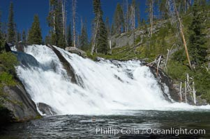 Lewis Falls drops 30 feet on the Lewis River, near the south entrance to Yellowstone National Park. Wyoming, USA, natural history stock photograph, photo id 13293