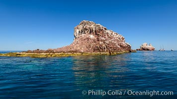 Los Islotes, West End, Sea of Cortez. Los Islotes, Baja California, Mexico, natural history stock photograph, photo id 32395