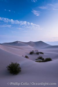 Mesquite Dunes sunrise, dawn, clouds and morning sky, sand dunes. Stovepipe Wells, Death Valley National Park, California, USA, natural history stock photograph, photo id 28682