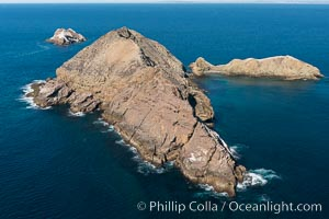 Middle Coronado Island, Mexico, looking north with San Diego and Point Loma in the distance, aerial photograph. Coronado Islands (Islas Coronado), Coronado Islands, Baja California, Mexico, natural history stock photograph, photo id 29060