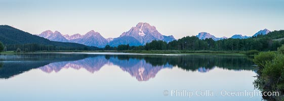 Mount Moran at sunrise from Oxbow Bend, Grand Teton National Park, natural history stock photograph, photo id 32317