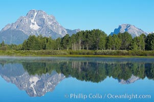 Mount Moran rises above the Snake River at Oxbow Bend. Grand Teton National Park, Wyoming, USA, natural history stock photograph, photo id 13027