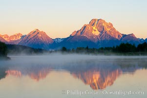 Mount Moran rises above the Snake River at Oxbow Bend. Oxbow Bend, Grand Teton National Park, Wyoming, USA, natural history stock photograph, photo id 13028