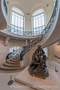 Petit Palais, (Small Palace), is a museum in Paris, France. Built for the Universal Exhibition in 1900 to Charles Girault's designs, it now houses the City of Paris Museum of Fine Arts (musee des beaux-arts de la ville de Paris)