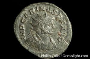 Roman emperor Carinus (283-284 A.D.), depicted on ancient Roman coin (bronze, denom/type: Antoninianus) (Antoninianus 23mm; F 15. S 3464. Obverse: IMP CARINVS P F AVG. Reverse: FELICIT PVBLICA.)