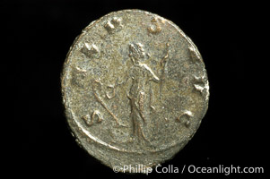 Roman emperor Claudius II Gothicus (268-270 A.D.), depicted on ancient Roman coin (bronze, denom/type: Antoninianus) (Antoninianus EF. Obverse: IMP C CLAVDIVS AVG. Reverse: SALVS AVG.)