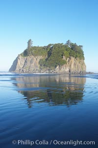Ruby Beach and its famous seastack, early morning, Olympic National Park, Washington
