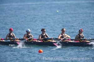 USC women's JV on their way to winning the Jackie Ann Stitt Hungness Trophy, 2007 San Diego Crew Classic, Mission Bay