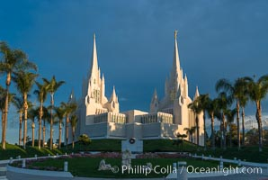 San Diego Mormon Temple, University City, San Diego. La Jolla, California, USA, natural history stock photograph, photo id 28833