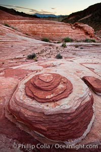Nipple Rock. Sandstone formations, Valley of Fire State Park