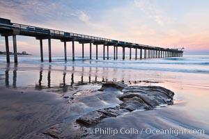 Scripps Pier, sunrise. Scripps Institution of Oceanography, La Jolla, California, USA, natural history stock photograph, photo id 26433